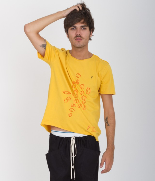 t-shirt_amarilla_frente_portada_1_copia